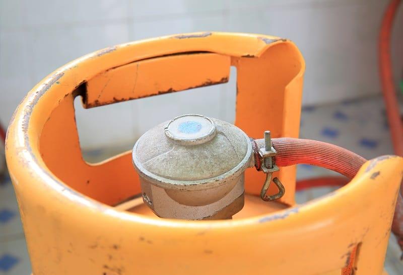 20 lb propane gas tank